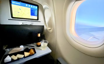 Food and Beverage Service on JetBlue - Blonde In The Air