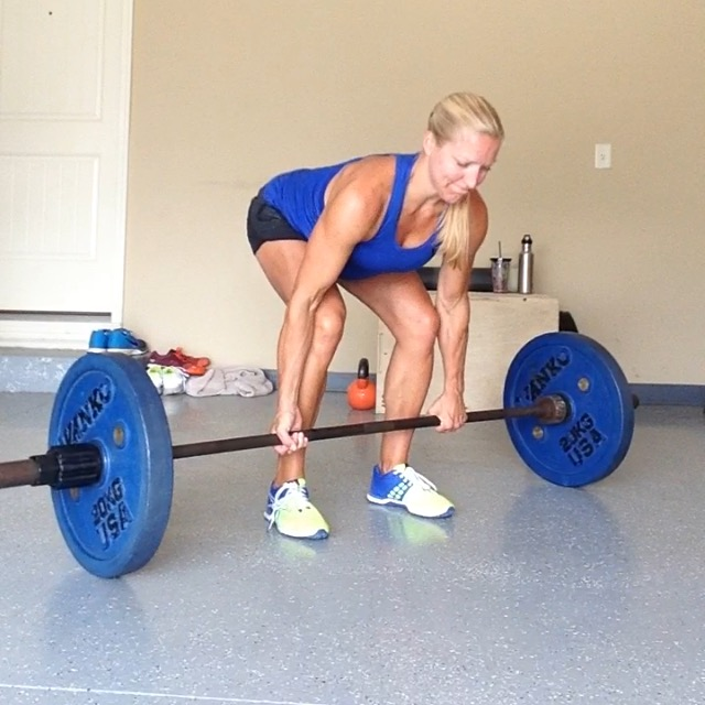 Dead lift Fit Pregancy CrossFit MOM