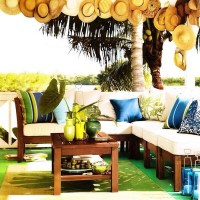 Ideas for Decorating with Your Beach Hat Collection