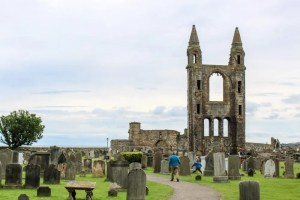 Golf, Ruins, and Universities: A Day Trip to St. Andrews
