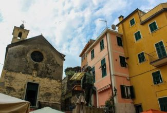 solo travel italy: go to small villages