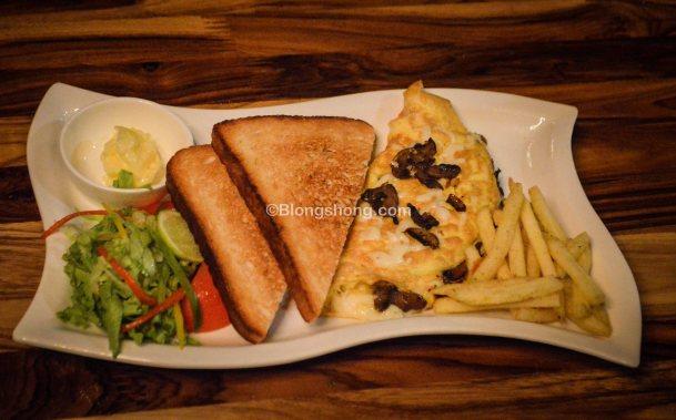 Non Veg Breakfast Platter