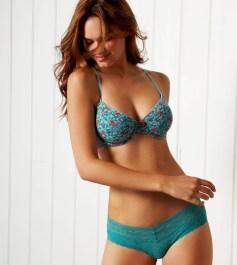 Brazilian model Lisalla Montenegro