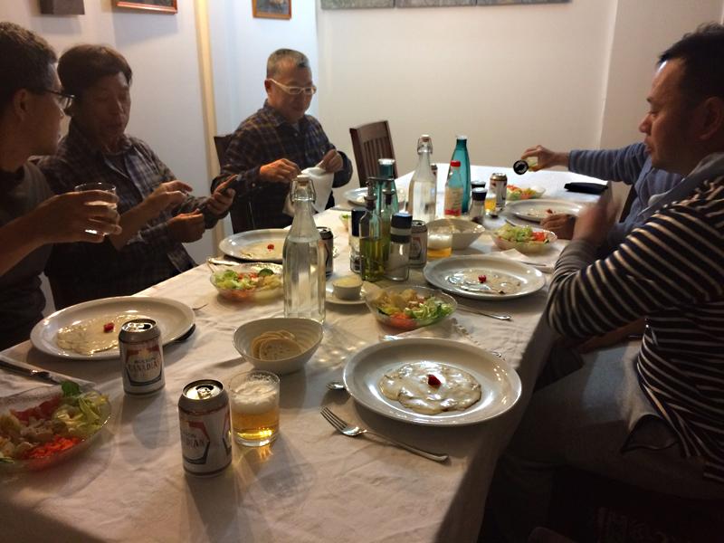 ロッジの食事はイタリア料理が中心で、これまでよりかなり改善されており、かなり好評。