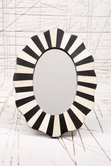 up-miroir_Black_l1