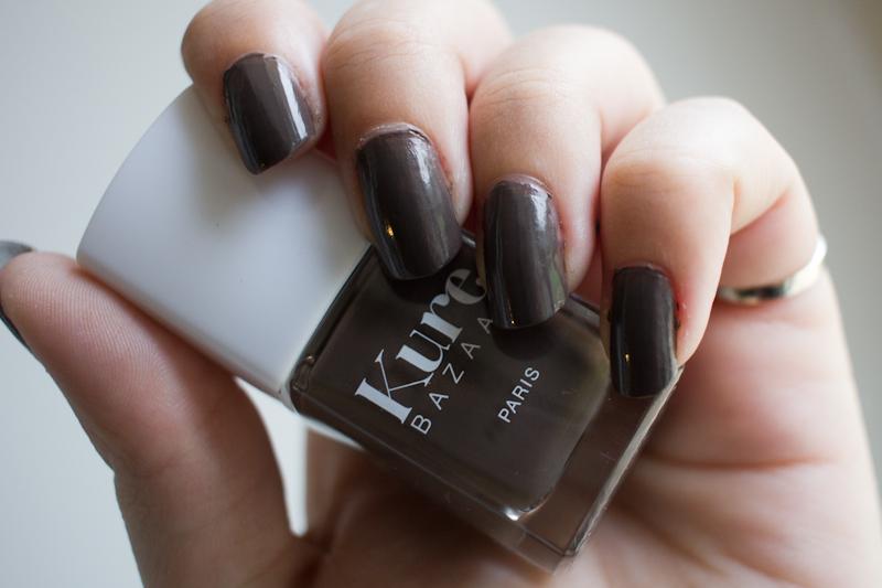 le vernis ongle cuir de kure bazaar blood is the new black. Black Bedroom Furniture Sets. Home Design Ideas