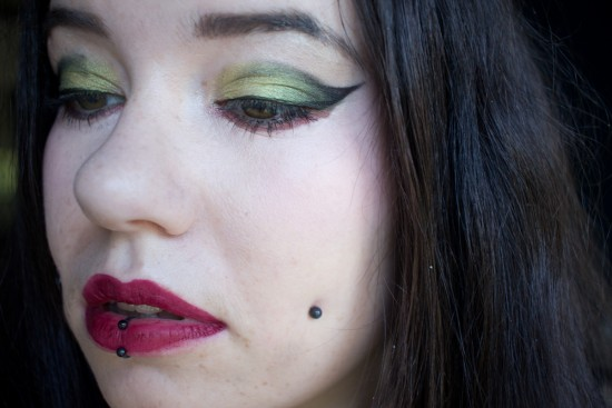 make-up chartreuse-4