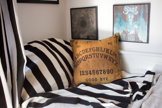 gothic-at-home-cushion-5