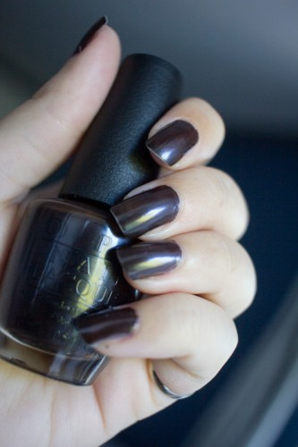 love-is-hot-and-coal-opi-6