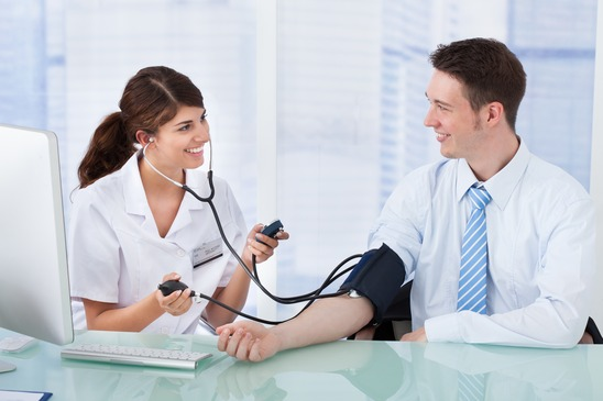 How To Check Blood Pressure With A Sphygmomanometer ?