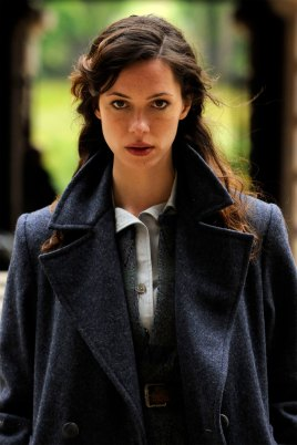 Rebecca-Hall-in-The-Awakening-2011-Movie-Image