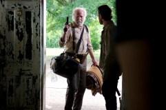 9-Walking-Dead-S3-TWD_GP_301_0508_0038