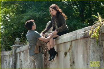 alden-ehrenreich-alice-englert-beautiful-creatures1