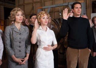 Jessica-Biel-Scarlett-Johansson-and-James-D'Arcy-as-Anthony-Perkins-on-the-set-of-HITCHCOCK
