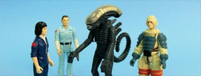 Alien_Toys_Banner_4_18_13