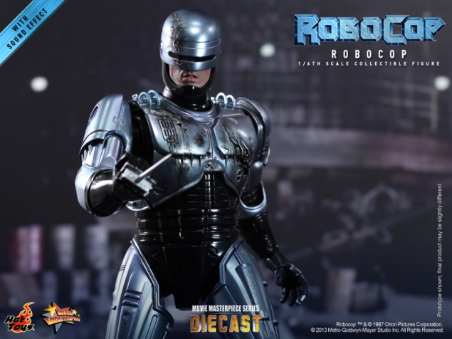 Hot Toys - RoboCop - RoboCop Collectible Figure_PR17