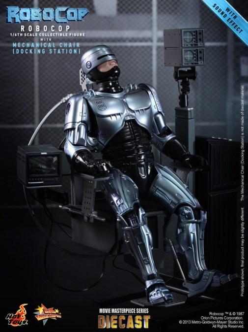 Hot Toys - RoboCop - RoboCop with Mechanical Chair (Docking Station)_PR3