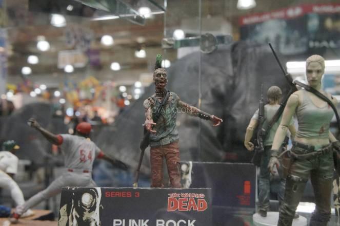 Toy-Fair-2014-McFarlane-Walking-Dead-025