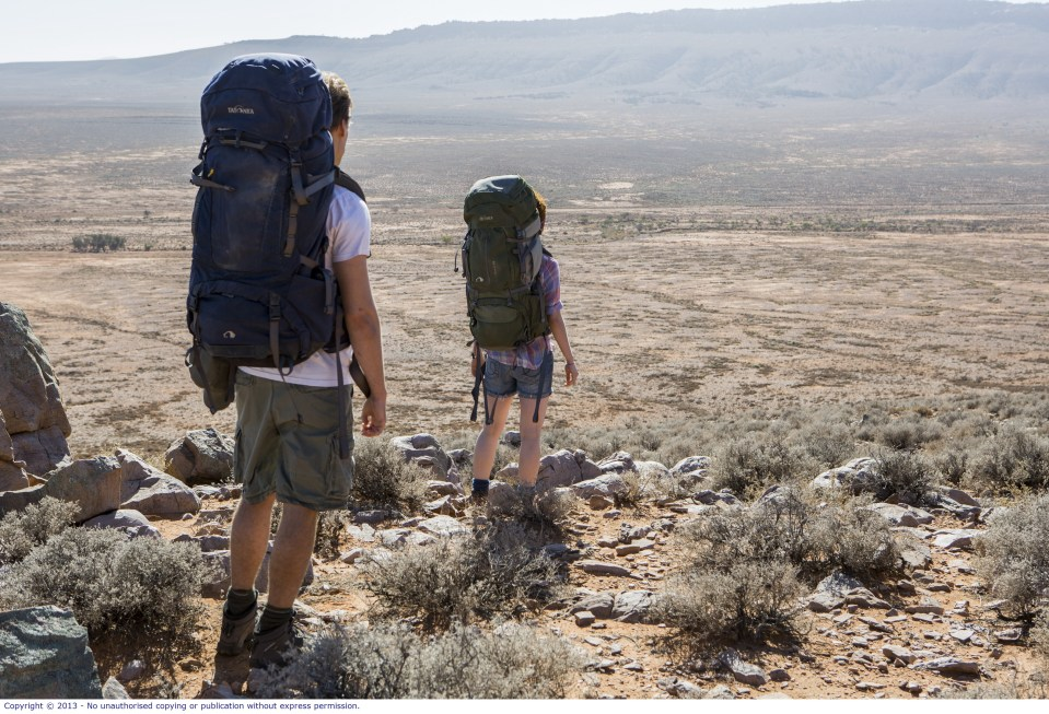 WolfCreek2_backpackers in the outback 2