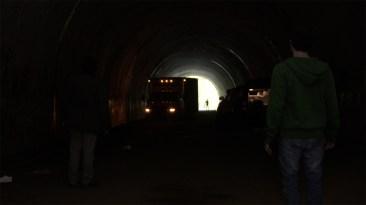 alien-tunnel-5