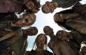 AMC_TWD_Gallery__Zombies_Upshot_1745gn_V1-620x400