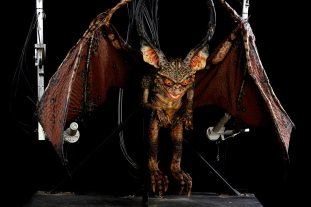 Baker-Auction_Lot131-Gremlins2-Mechanical-Bat-Gremlin-Puppet
