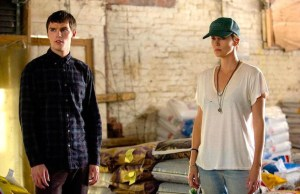 dark-places-theron-hoult-3