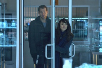 THE STRAIN -- Pictured: (L-R) Corey Stoll as Ephraim Goodweather, Mia Maestro as Nora Martinez. CR: Michael Gibson/FX