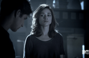 Teen_Wolf_Season_3_Episode_3_Fireflies_Crystal_Reed_Allison_Argent_learns_the_truth_about_her_mom