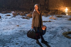 Kim Dickens as Madison Clark; single - Fear The Walking Dead _ Season 2, Episode 01 - Photo Credit: Richard Foreman, Jr/AMC
