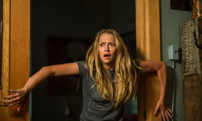 LIGHTS OUT courtesy of Warner Bros and New Line