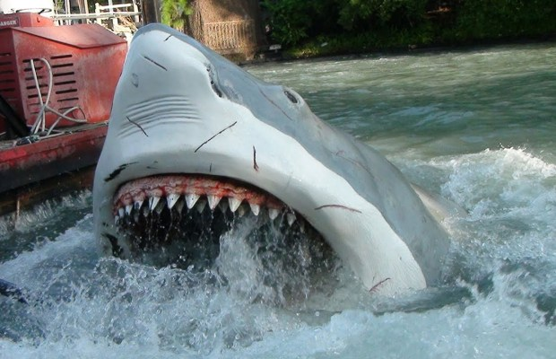 jaws-ride