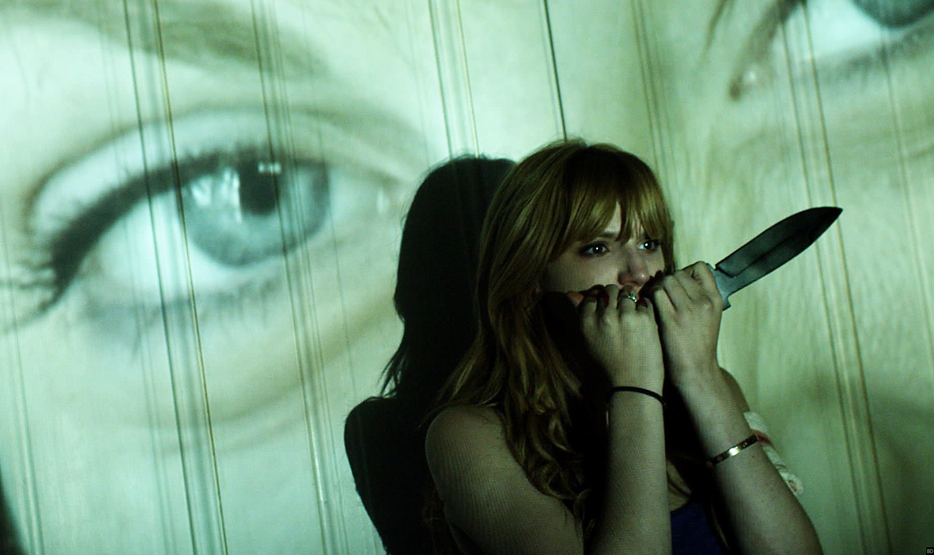 Bella Thorne Moves into 'Maniac' Director's 'Penthouse A' [AFM] - Bloody Disgusting