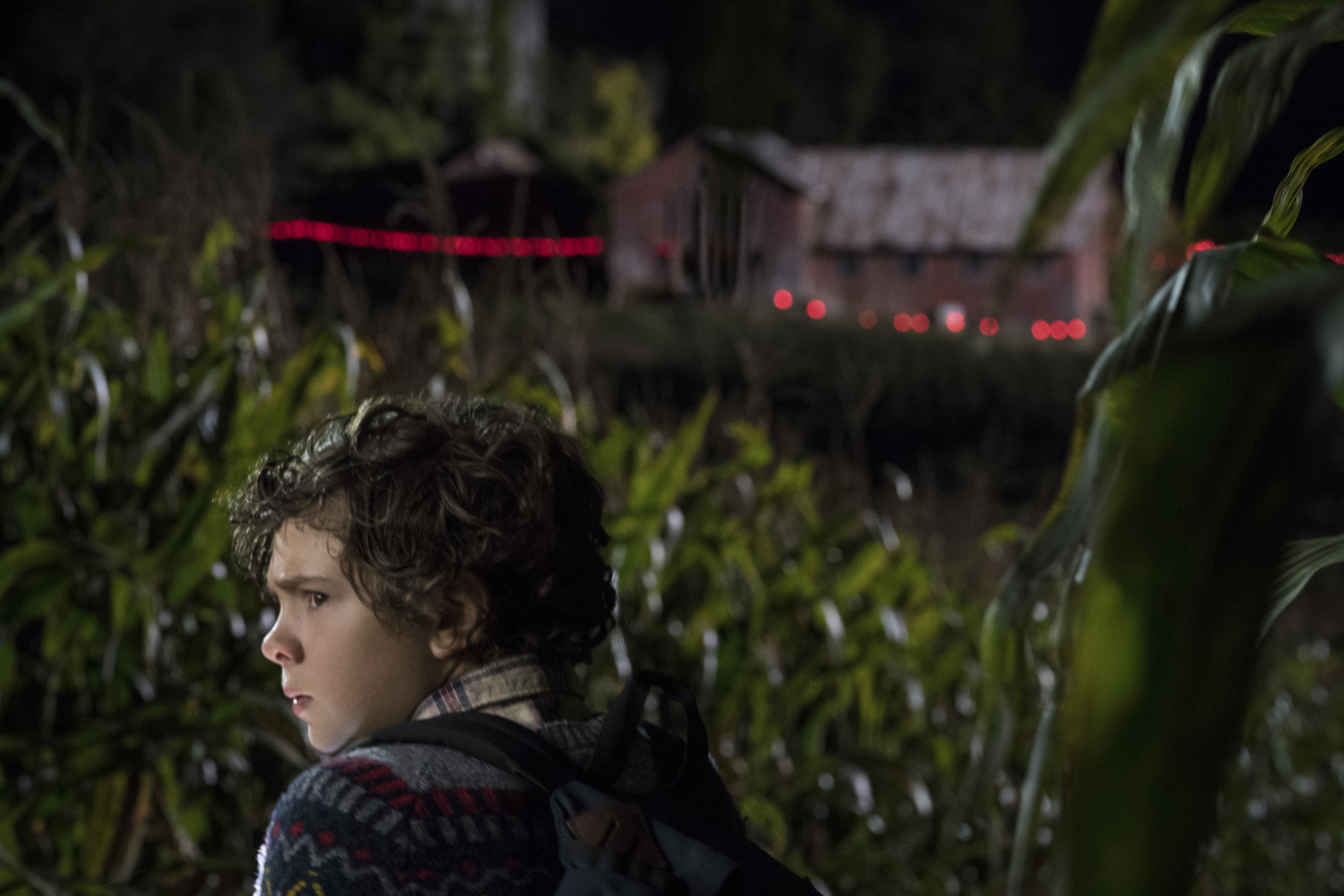 Several New 'A Quiet Place' Images Soaked In Silence ...