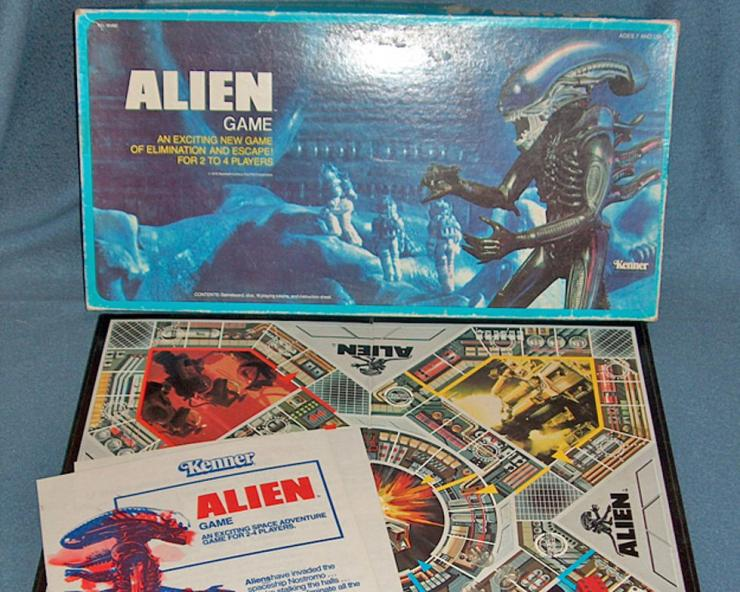 Case Blue Board Game : 5 vintage horror board games that should be brought back from the