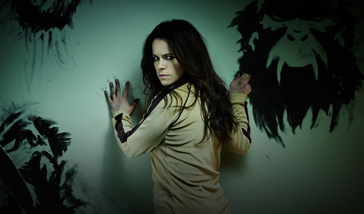 Emily Hampshire Haunted by Her Deceased Newborn in 'Home' - Bloody Disgusting