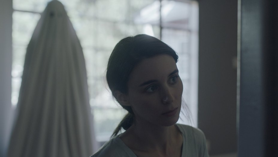 Rooney Mara Heads Down 'Nightmare Alley' With Guillermo del Toro - Bloody Disgusting