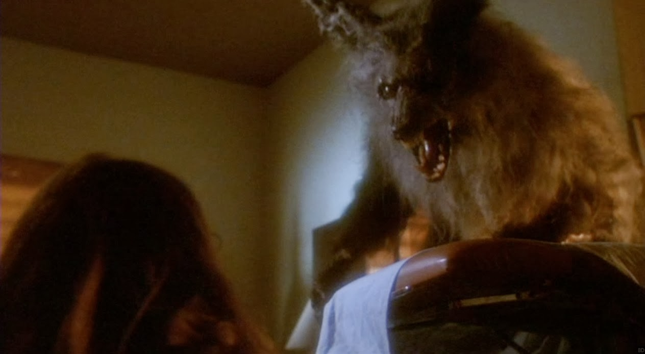 Netflix in Early Talks to Make 'The Howling' with 'It' Director Andy Muschietti - Bloody Disgusting