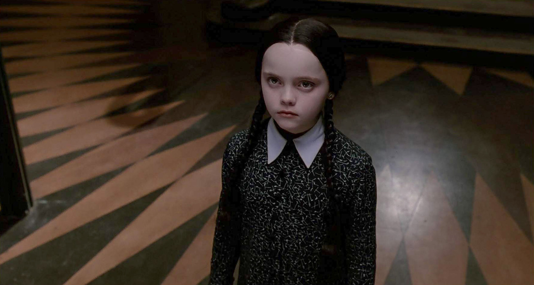 "Tim Burton is Looking to Bring Back ""The Addams Family"" for a Live-Action TV Series!"