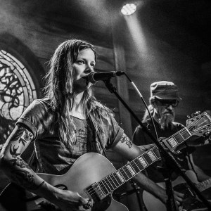 Sarah Shook and the Disarmers at BLoody Mary Concerts