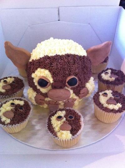 gizmo cupcakes