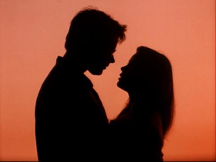 sunset-kiss