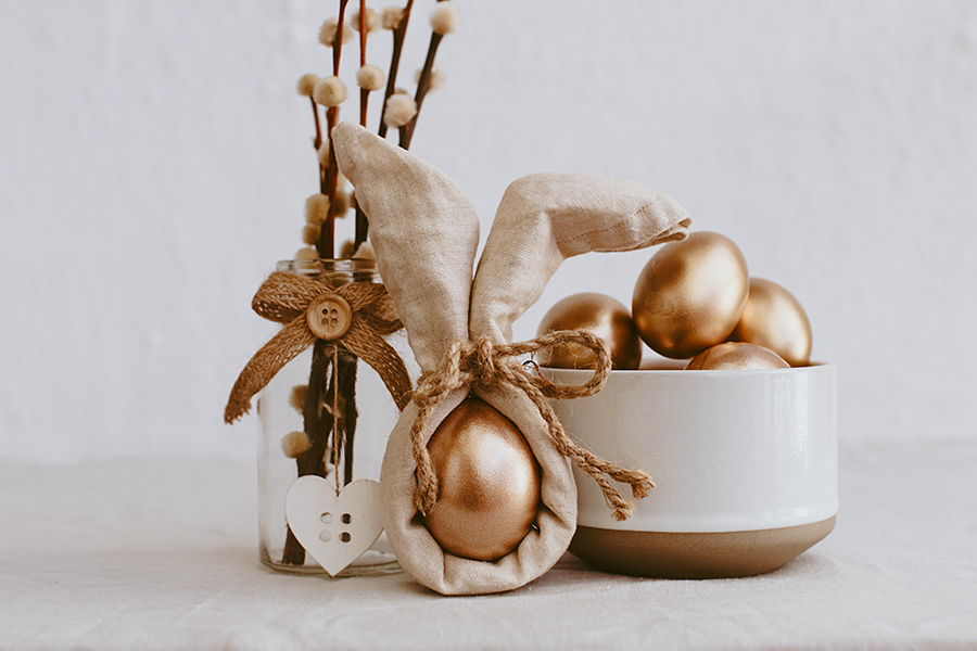 Easter themed napkin place setting