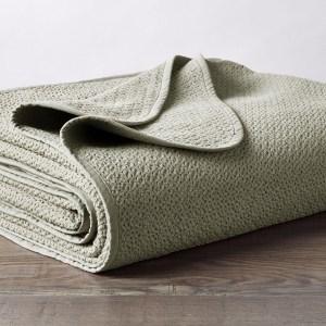 Honeycomb Organic Blanket