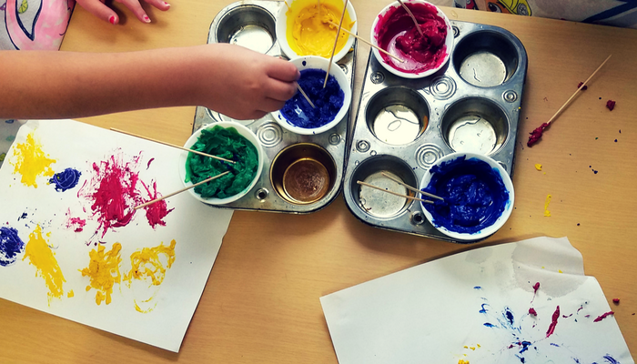 Creating Art in a new way with Crayons. #CraftsforKids