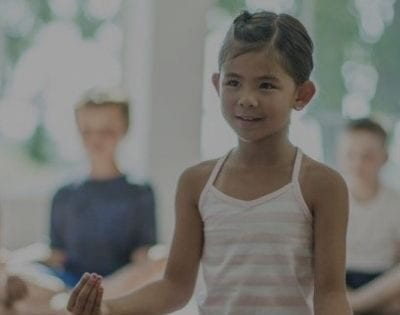 Blog Banner Getting Mindful with Yoga- looking for mindfulness practices that you can do with your kids. check out these 5 easy ways to start practicing yoga as a family.