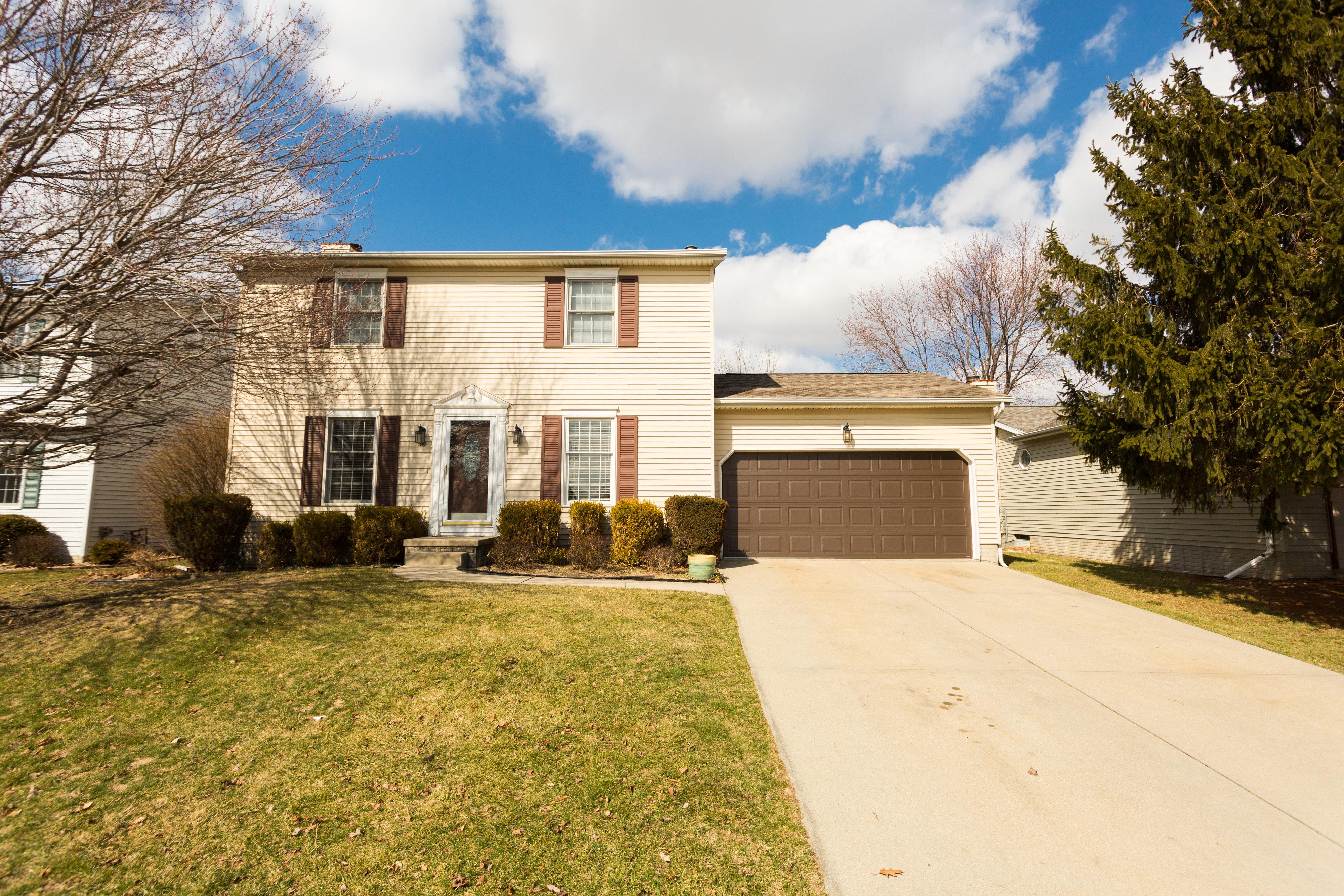 50 Ventnor Ave. Bloomington, IL 61701