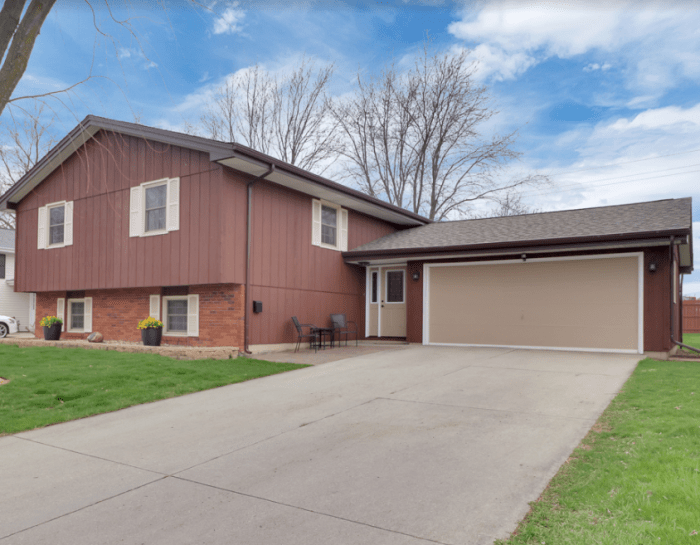 1220 George Dr. Normal, IL 61761
