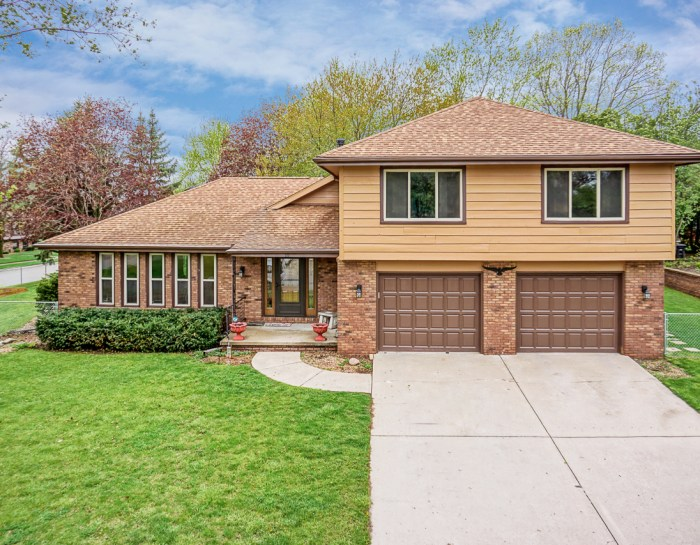 10 Turner Rd, Normal, IL 61761 – UNDER CONTRACT