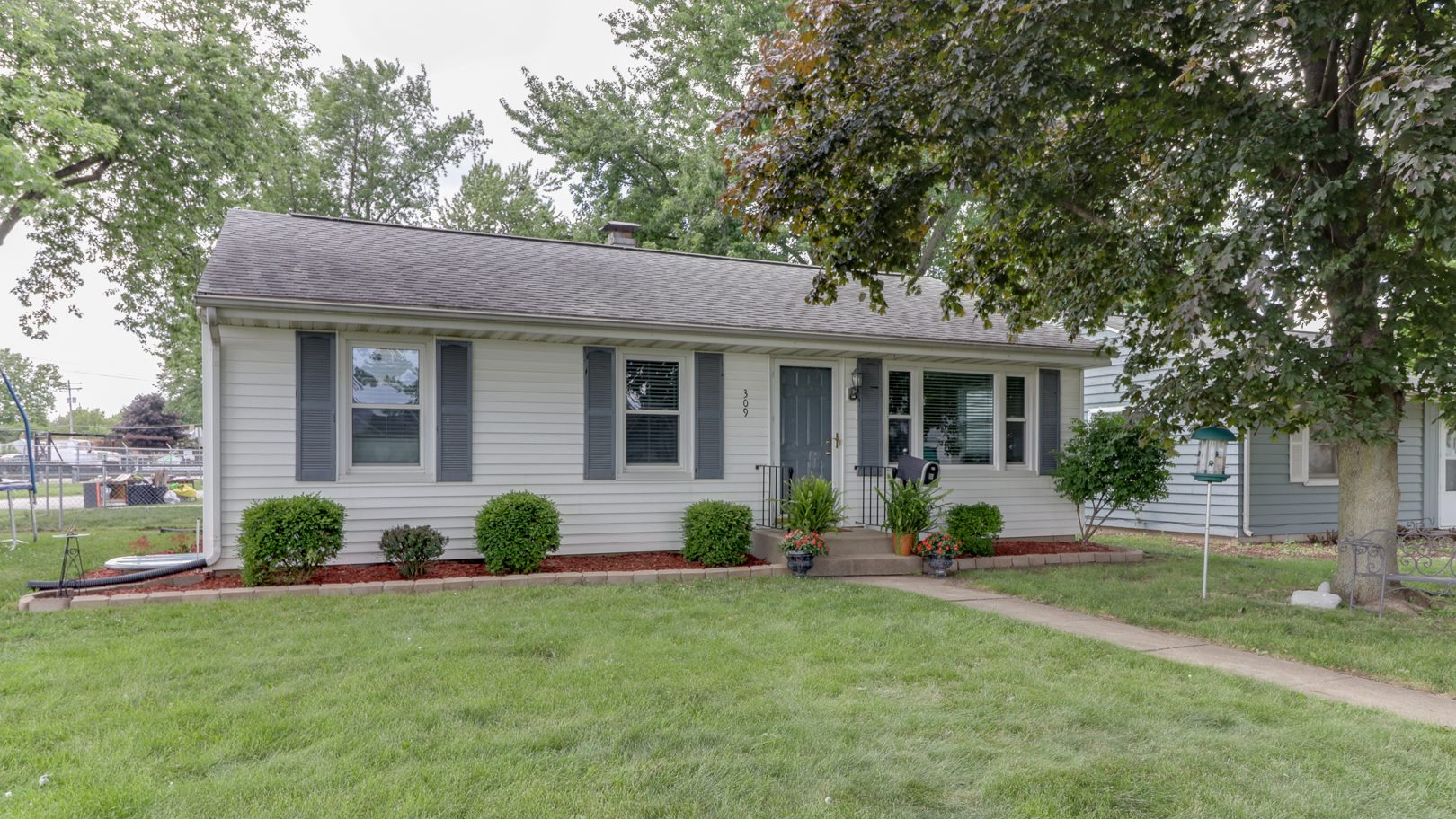 309 Meadows Avenue, Bloomington, IL 61701- SOLD!
